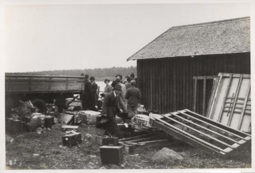 Stella Polaris-matkalaisia Närpiössä 22.9.1944